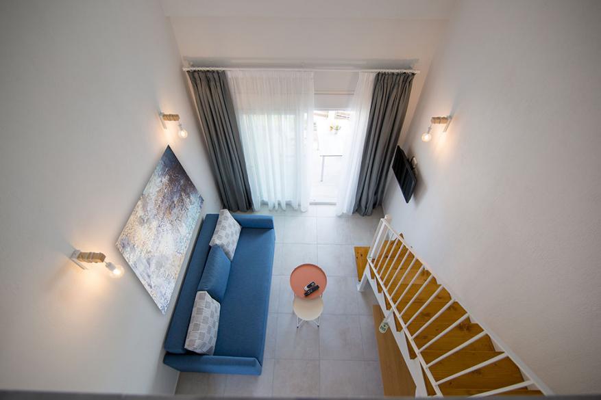 Aristotelis Apartments